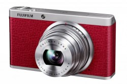 Digitalne kamere: FujiFilm FinePix XF1 red